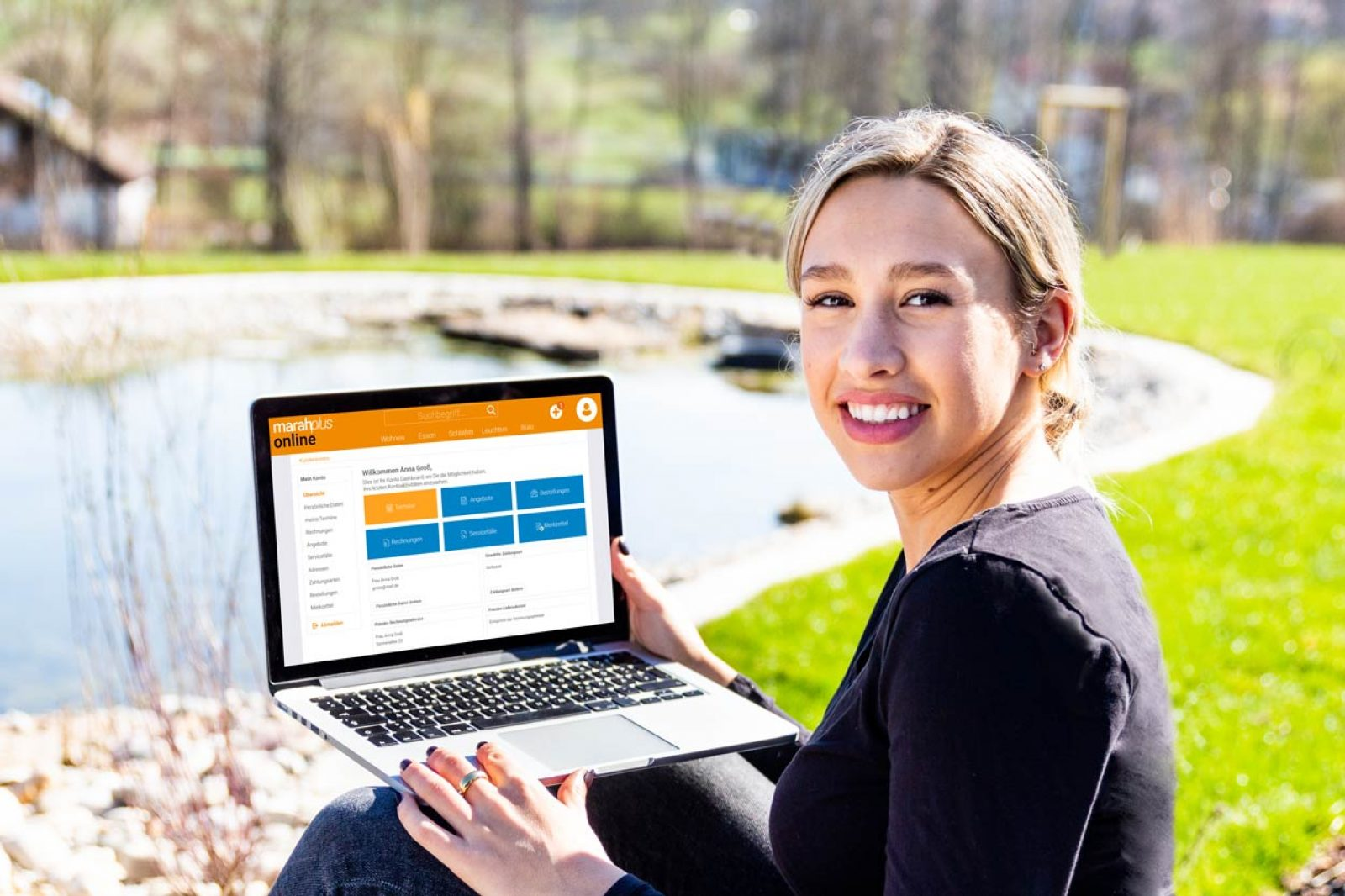 kundenauskunft_online_dah_laptop